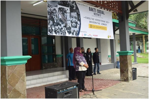 MAHASISWA FKG ANGKATAN 2016 GELAR BHAKTI SOSIAL PEMERIKSAAN GIGI